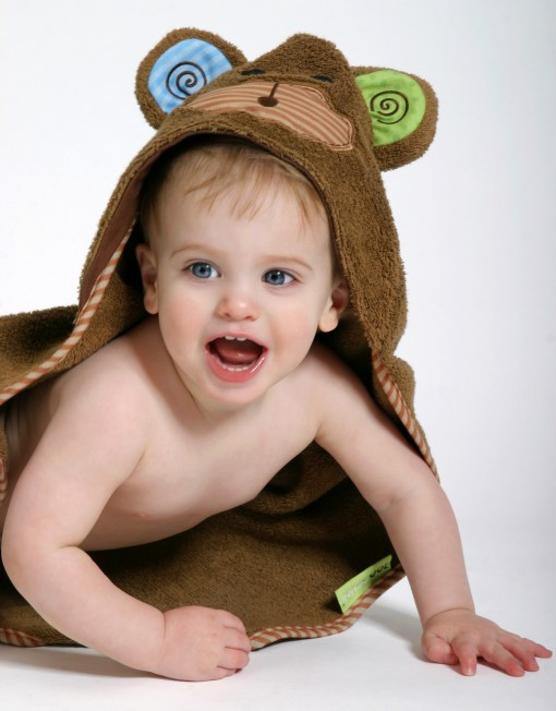 154Baby_Monkey_model_crawling_1339c.jpg
