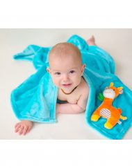zoocchini_Giraffe_ZOO3005_buddy-blanket_00519_model_1 (1)