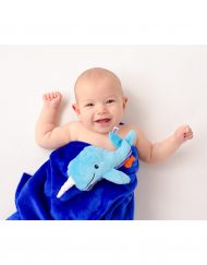 zoocchini_Whale_ZOO3004_buddy-blanket_00518_model